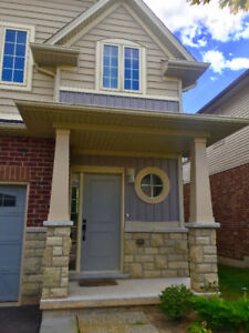 End-Unit Townhouse In Grimsby by the Lake