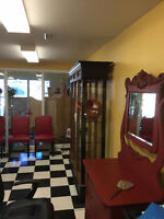 Hair and Nail salon for Sale URGENT MOVING SELL FOR $25000