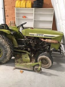 Small orchard/vine yard yanmar tractor