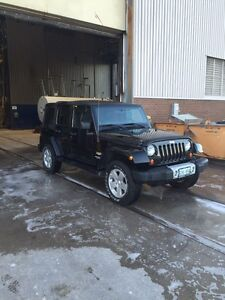 2012 Jeep Wrangler sahara 4door Peterborough Peterborough Area image 4