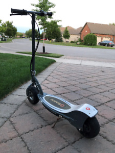 Razer E300 Electric Scooter