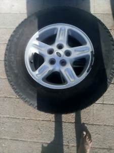 Landrover Discovery tyres and Rims, set of 2 only.