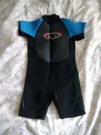 Kids wetsuit age 3-4