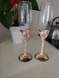 Special occasion vintage champagne flute glasses