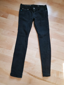 Jeans Hurley taille 28