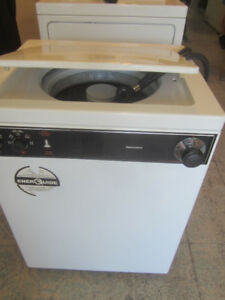 PORTABLE WASHER  1 YEAR WARRANTY  FREE DELIVERY !