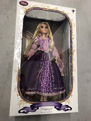 New Disney Store Tangled Rapunzel Limited Edition 1 of 5000 LE Collector Doll