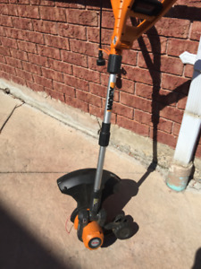 WORX Grass trimmer and edger