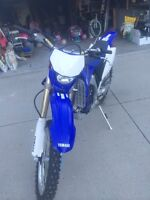 2010 wr450f dirt bike/Enduro.