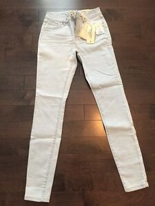 Women's Jeans- Lot of 2 ; one pair brain new!