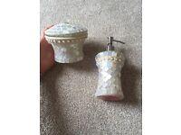 Bathroom soap dispenser & pot