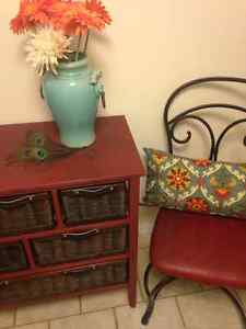 Dresser & Chairs Entryway Set