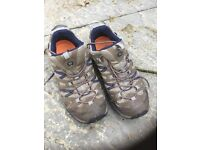 Size 10 merrel pantheon sport walking shoes