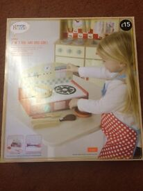 Brand new george wooden 2 in 1 hob and bbq grill set child play set for