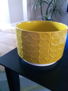 Orla Kiely 60's Stem | Large Ceramic Plant Pot  - Yellow - NEW