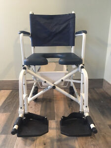 Invacare collapsible commode chair. Model 6891. Cornwall Ontario image 2