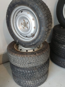 205/65 R16 Cooper Weather Master ST2 (Winter Tires on Rims)