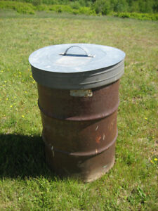 Burn barrel with cover