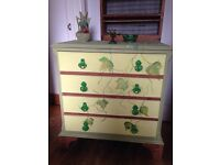Beautiful hand painted chest of drawers