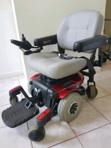 Pride Jazzy 610 Powered Wheelchair