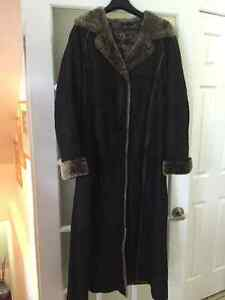 Danier Down Coat | Kijiji: Free Classifieds in Ontario. Find a job