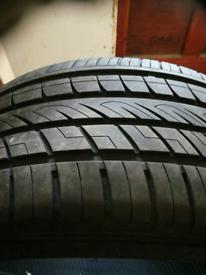 Tyre 275 /40/20
