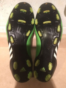 Men's Adidas F10 Outdoor Running Shoes Size 9 London Ontario image 3