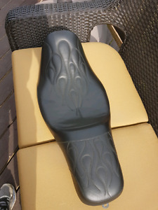 Harley seat for sale