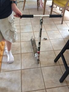 SCOOTER $30