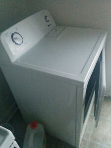 Moving Sale, washer/dryer/stove/fridge for $200 only.