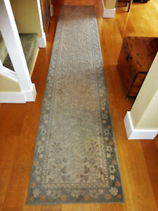 Hand Knotted Rubia Wool Carpet Runner