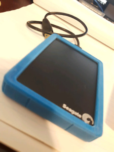 SEAGATE BUP  1TB EXTERNAL BACKUP HARD DRIVE W COVER