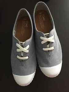 TOMS Light blue Chambray Zuma sneakers