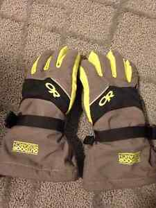 Kid's Outdoor Research Adrenaline Gloves; size small