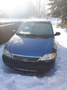 Selling 2001 ford windstar LX