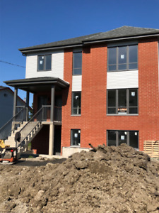 Condo 4 1/2 Ste-Julie CONSTRUCTION NEUVE Disponible 1er octobre
