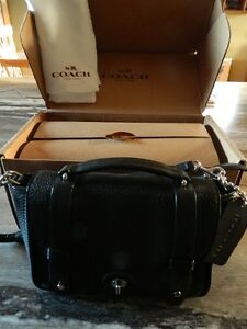 AUTHENTIC COACH BLEECKER MESSENGER BAG