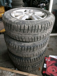 215/60R16 winter tires with original mags rims *** 5x110***