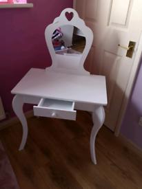 Child's dresser