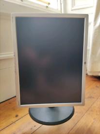 "HP LP2065 Monitor (20"")"