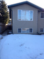 3BR Full Half Duplex in Innisfail avail Oct 15th