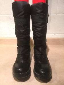 Women's Cougar Prima Winter Boots Size 8 London Ontario image 5
