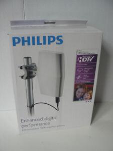 Philips Indoor/Outdoor Amplified Digital TV Antenna (SDV8622T/27