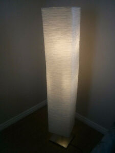 Modern Toll Stand Lamp