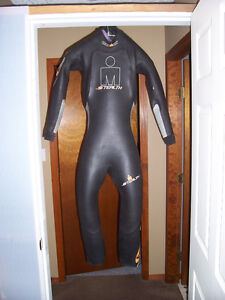 Ironman Stealth wetsuit, size SMT Exc Cond.