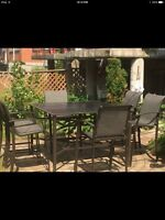 Large patio table + 6 bistro chairs