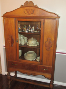 VINTAGE DINING AREA CABINET FOR SPACE CONSTRAINED CONDO