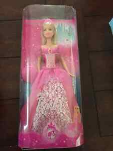 NEW in PACKAGE TOYS - Giftable condition - Princess Barbies++