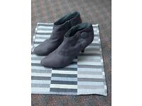 Grey New Look Boots Size 41