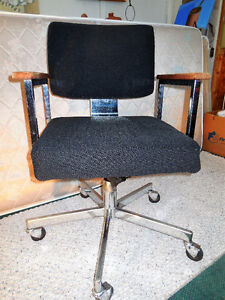 Chrome Office Chairs / 5 stationary & 1 swivel on rollers